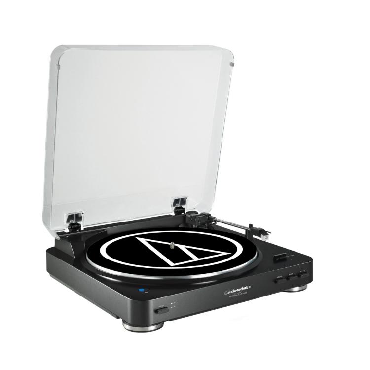 coutez vos vinyles sur vos enceintes bluetooth avec ce tourne disque. Black Bedroom Furniture Sets. Home Design Ideas