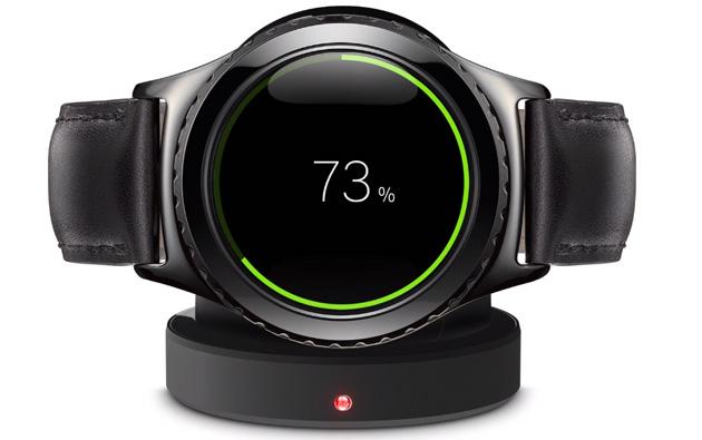 une forme circulaire pour la montre intelligente gear s2. Black Bedroom Furniture Sets. Home Design Ideas
