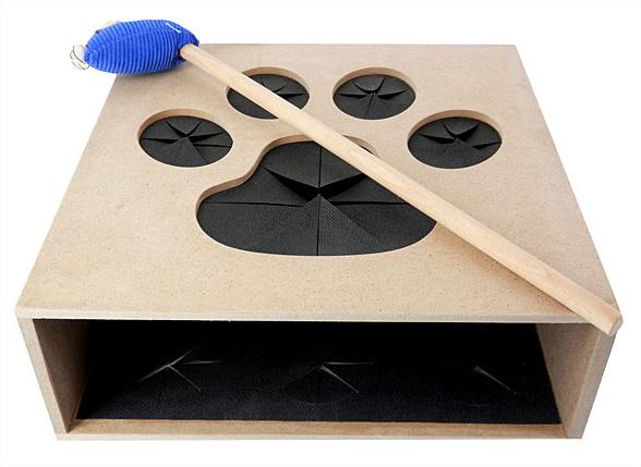 un jeu de la taupe pour amuser les chats pendant des heures. Black Bedroom Furniture Sets. Home Design Ideas